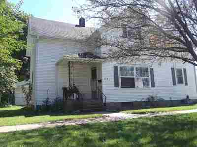 Auburn Multi Family Home For Sale: 209 E 17th