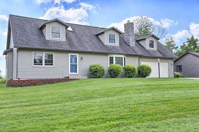 Kosciusko County Single Family Home For Sale: 3899 E Oldfield