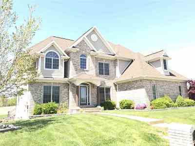 Newburgh Single Family Home For Sale: 10488 Devon Court