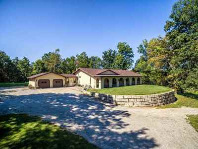 Noble County Single Family Home For Sale: 384 S County Line Road-57