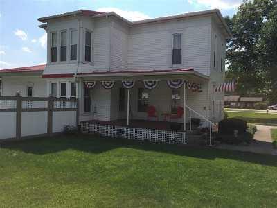 LaGrange County Single Family Home For Sale: 417 Grant Street