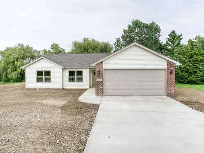 Columbia City Single Family Home For Sale: 533 S Towerview Drive