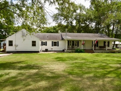 South Bend Single Family Home For Sale: 57300 Chamberlain Drive