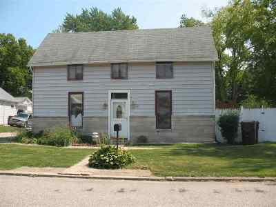 Wabash Single Family Home For Sale: 445 Alena St