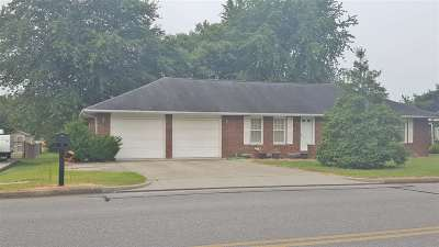 Dubois County Single Family Home For Sale: 1517 Gregory Lane