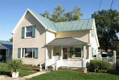 Syracuse Single Family Home For Sale: 714 W Portland