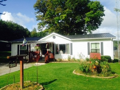 Angola Manufactured Home For Sale: 505 Maple Street