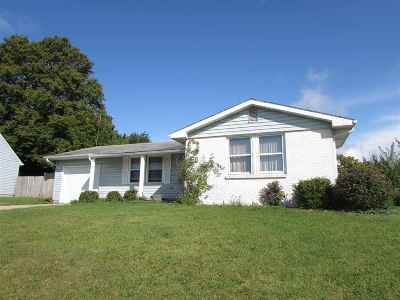 Whitley County Single Family Home For Sale: 931 E Van Buren