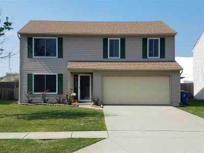 Allen County Single Family Home For Sale: 12201 Mossy Oak