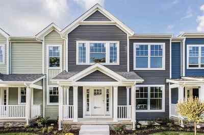 South Bend Condo/Townhouse For Sale: 435 E Corby Boulevard