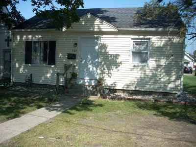 Marshall County Single Family Home For Sale: 505 E Adams