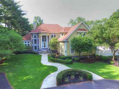 Elkhart Single Family Home For Sale: 3125 Greenleaf Boulevard