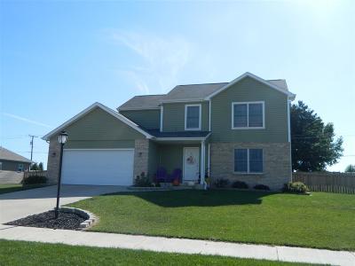 Kosciusko County Single Family Home For Sale: 245 Chickadee Lane