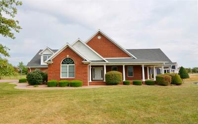 Elberfeld Single Family Home For Sale: 10322 Eagle Crest Lane