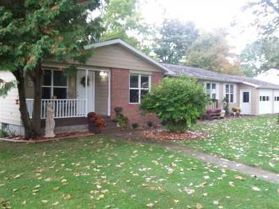 LaGrange County Single Family Home For Sale: 407-409 N Sherman