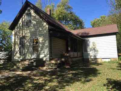 Wabash Single Family Home For Sale: 222 E Sinclair Street