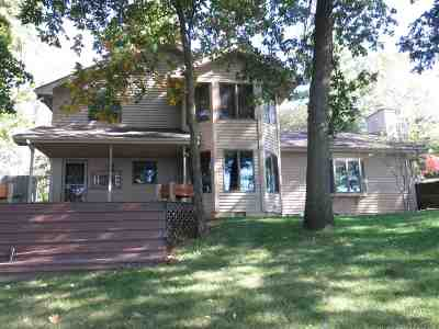Allen County, Kosciusko County, Noble County, Whitley County Single Family Home For Sale: 1050 Eastgate Drive