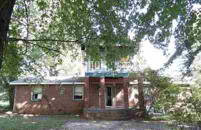 Spencer County Single Family Home For Sale: 230 S Church