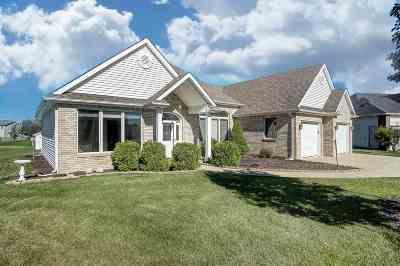 Allen County Single Family Home For Sale: 1326 Lebaron Cove