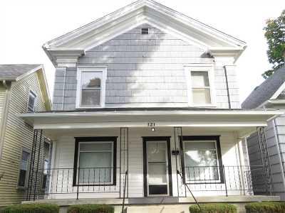Kendallville Single Family Home For Sale: 121 E Harding