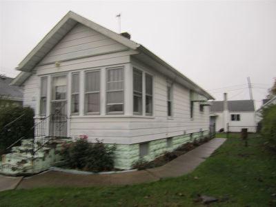 Mishawaka Single Family Home For Sale: 122 W 12th Street