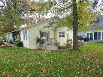Angola Single Family Home For Sale: 300 Lane 195 Crooked Lake