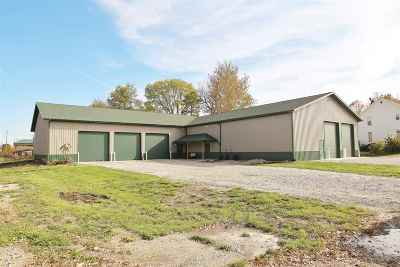 Kendallville Commercial For Sale: 128/130 N Lincoln St.