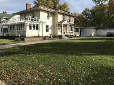 Elkhart Single Family Home For Sale: 1621 E Jackson