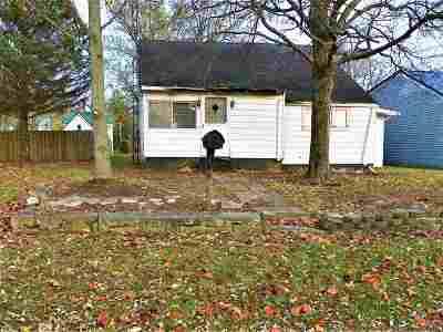 Jonesboro Single Family Home For Sale: 105 S 2nd Avenue
