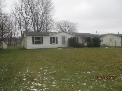 Angola Manufactured Home For Sale: 200 Lane 250 W Otter Lake