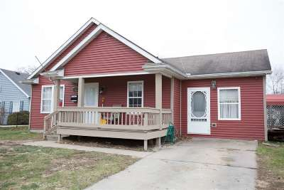 South Bend Single Family Home For Sale: 127 Spruce Street