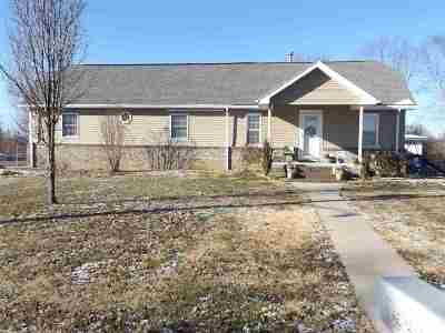 Dubois County Single Family Home For Sale: 900 S State Road 145