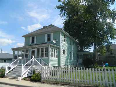 Winona Lake Single Family Home For Sale: 901 Court St