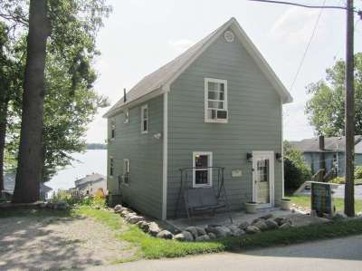 Steuben County Single Family Home For Sale: 3081 W Sycamore Beach Rd
