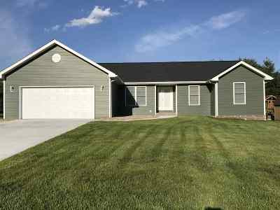 Spencer County Single Family Home For Sale: 574 S Kaspar Drive