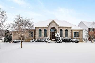 South Bend Single Family Home For Sale: 26070 Westwood Hills Drive