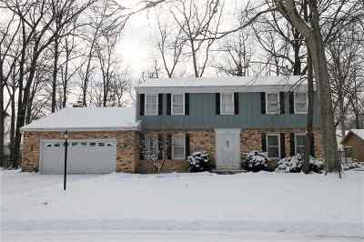 Fort Wayne Single Family Home For Sale: 8126 Sagimore Court