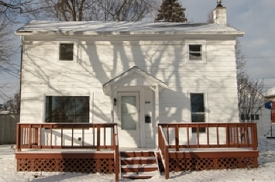 Albion Single Family Home For Sale: 209 N Elm