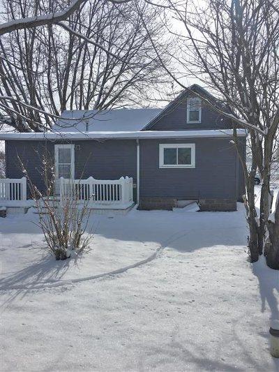 Kosciusko County Single Family Home For Sale: 7441 W Lutes Drive