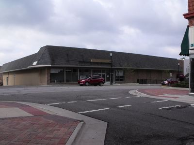 Angola Commercial For Sale: 203 W Maumee
