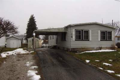 Angola Manufactured Home For Sale: 115 Lane 101, Crooked Lake
