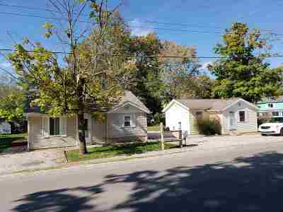Warsaw IN Single Family Home For Sale: $219,000