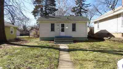 St. Joseph County Single Family Home For Sale: 1027 Clover St.