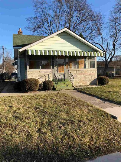 Mishawaka Single Family Home For Sale: 1024 E Battell Street