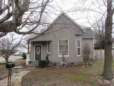 Boonville Single Family Home For Sale: 1102 S Second Street