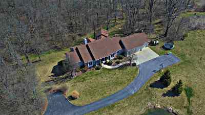 Allen County Single Family Home For Sale: 14535 Hamilton