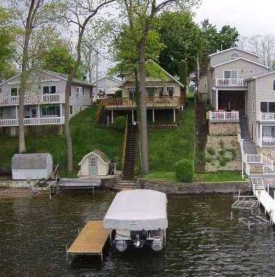 Kosciusko County Single Family Home For Sale: 4040 E. Forest Glen Ave.