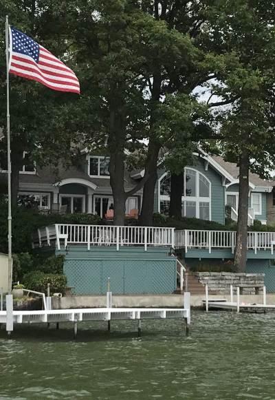 Kosciusko County Single Family Home For Sale: 1341 E Northshore
