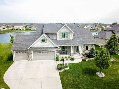Fort Wayne Single Family Home For Sale: 1515 Waxwing Court