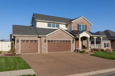 Newburgh Single Family Home For Sale: 4595 Fieldcrest Place Circle